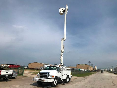 2010 Ford F650 BUCKET TRUCK   in Fort Worth, TX