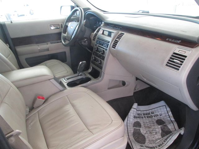 2010 Ford Flex SEL Gardena, California 8