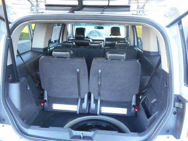 2010 Ford Flex SEL New Windsor, New York 18