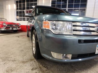 2010 Ford Flex Awd, 3rd Row, TOW PKG, HEATED LEATHER, LOADED AND CLEAN Saint Louis Park, MN 32