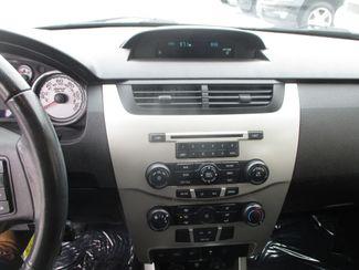 2010 Ford Focus SE Farmington, MN 4
