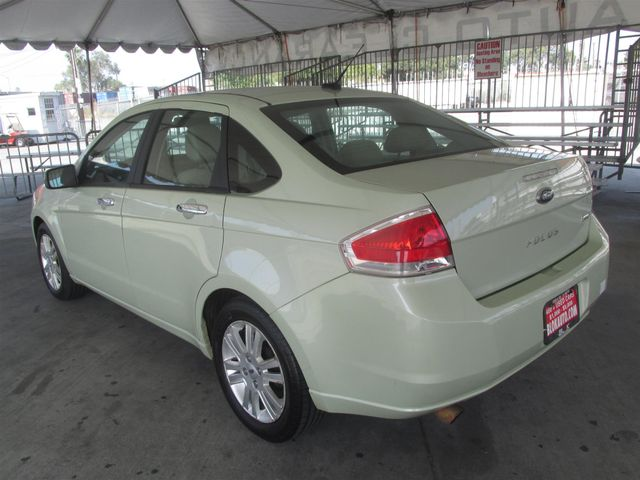 2010 Ford Focus SEL Gardena, California 1