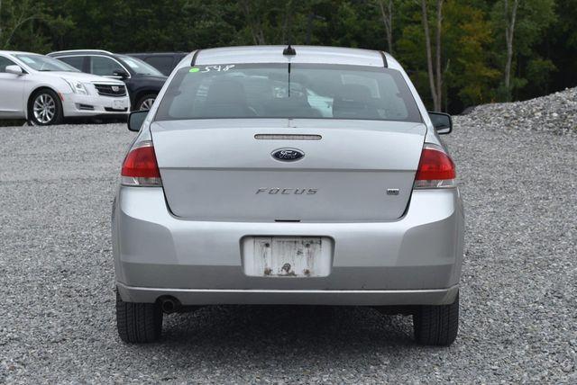 2010 Ford Focus SE Naugatuck, Connecticut 3