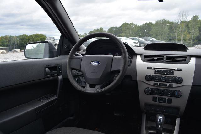 2010 Ford Focus SE Naugatuck, Connecticut 9