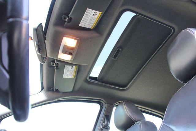 2010 Ford Focus SES Santa Clarita, CA 23