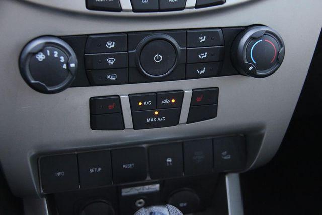 2010 Ford Focus SES Santa Clarita, CA 19