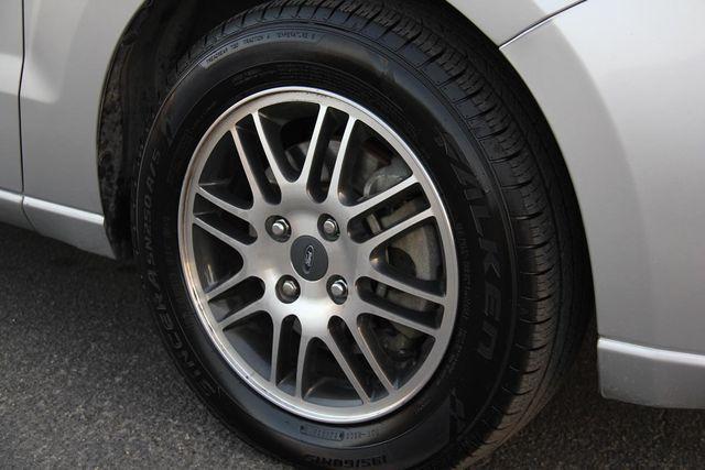 2010 Ford Focus SE Santa Clarita, CA 26