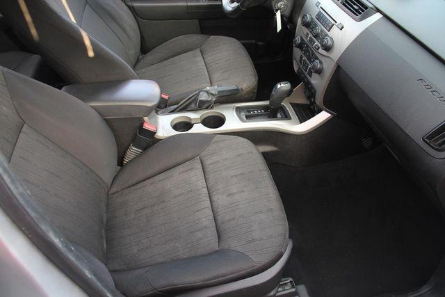 2010 Ford Focus SE Santa Clarita, CA 14