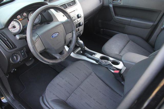 2010 Ford Focus SE Santa Clarita, CA 8