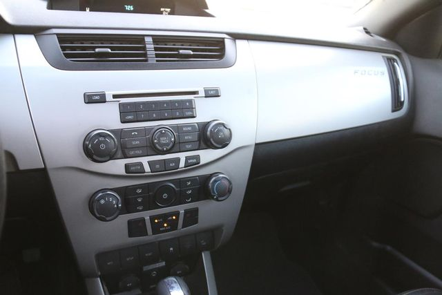 2010 Ford Focus SEL Santa Clarita, CA 18