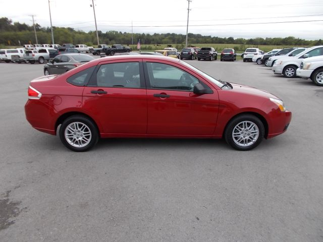 2010 Ford Focus SE Shelbyville, TN 10