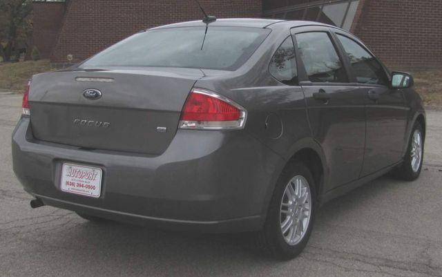 2010 Ford Focus SE St. Louis, Missouri 5