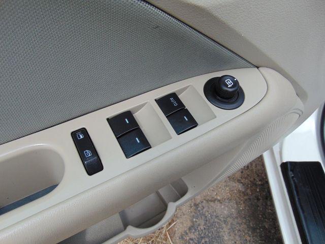2010 Ford Fusion SE Alexandria, Minnesota 11