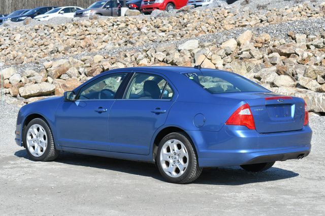 2010 Ford Fusion SE Naugatuck, Connecticut 4