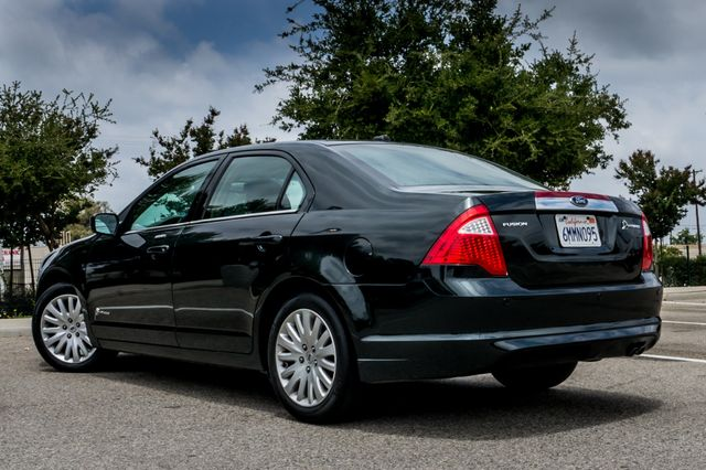 2010 Ford Fusion Hybrid Reseda, CA 6