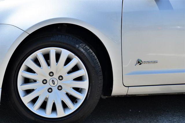 2010 Ford Fusion Hybrid Reseda, CA 24
