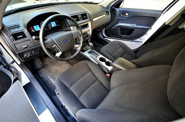 2010 Ford Fusion Hybrid Reseda, CA 7