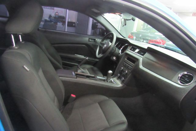 2010 Ford Mustang V6 Chicago, Illinois 12