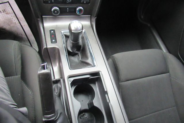 2010 Ford Mustang V6 Chicago, Illinois 16