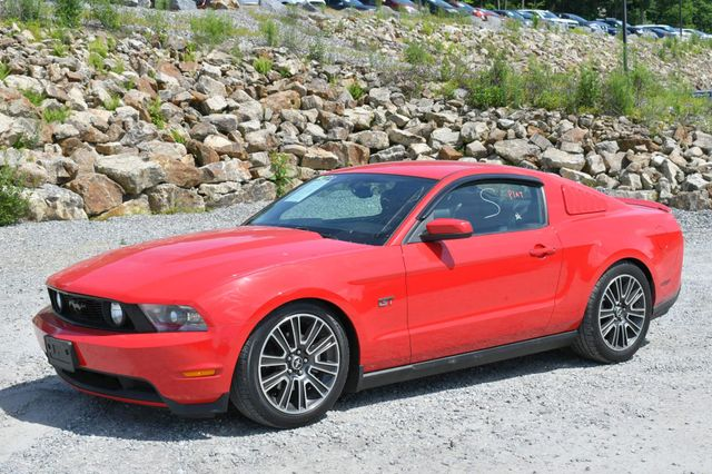 2010 Ford Mustang GT Premium Naugatuck, Connecticut 2