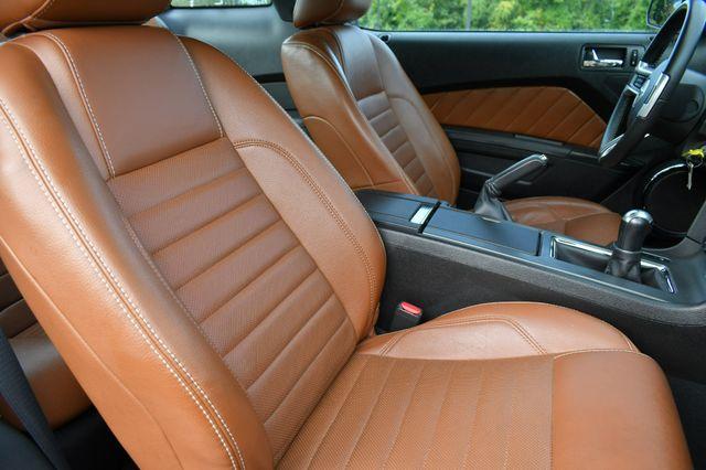 2010 Ford Mustang GT Premium Naugatuck, Connecticut 10
