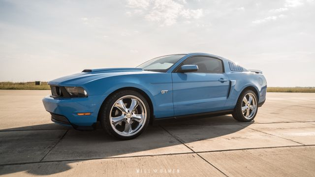 2010 Ford Mustang GT Premium WARRANTY INCLUDED