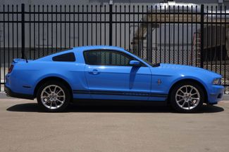 2010 Ford Mustang 1-OWNER * Premium * LEATHER * 18s * V6 * Automatic Plano, Texas 2