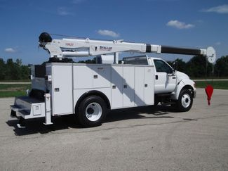 2010 Ford F750 10,000LBS UTILITY SERVICE CRANE TRUCK Lake In The Hills, IL 10