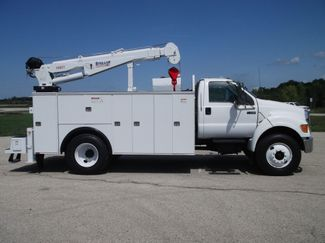 2010 Ford F750 10,000LBS UTILITY SERVICE CRANE TRUCK Lake In The Hills, IL 2