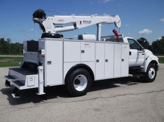 2010 Ford F750 10,000LBS UTILITY SERVICE CRANE TRUCK Lake In The Hills, IL 3