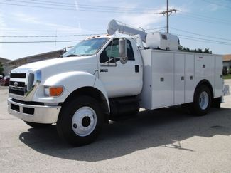 2010 Ford F750 10,000LBS UTILITY SERVICE CRANE TRUCK Lake In The Hills, IL 7