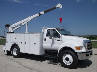 2010 Ford F750 10,000LBS UTILITY SERVICE CRANE TRUCK Lake In The Hills, IL 9