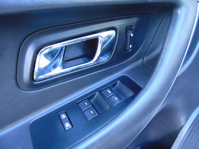 2010 Ford Taurus SEL Alexandria, Minnesota 11