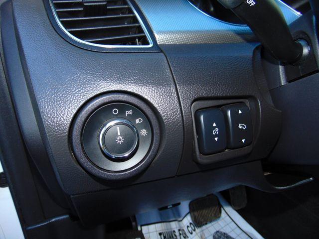 2010 Ford Taurus SEL Alexandria, Minnesota 12