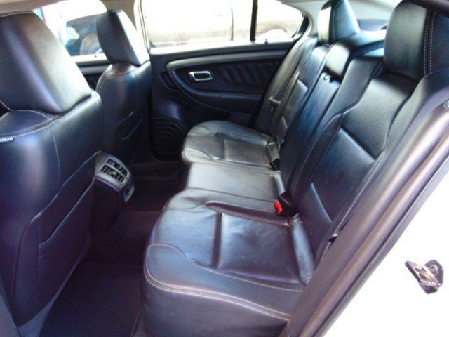 2010 Ford Taurus SEL Alexandria, Minnesota 9