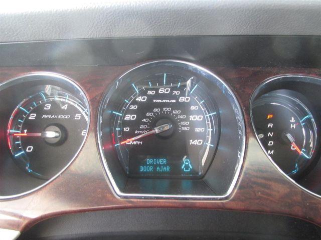 2010 Ford Taurus SEL Gardena, California 5