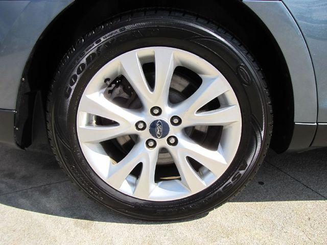 2010 Ford Taurus SEL in Medina, OHIO 44256