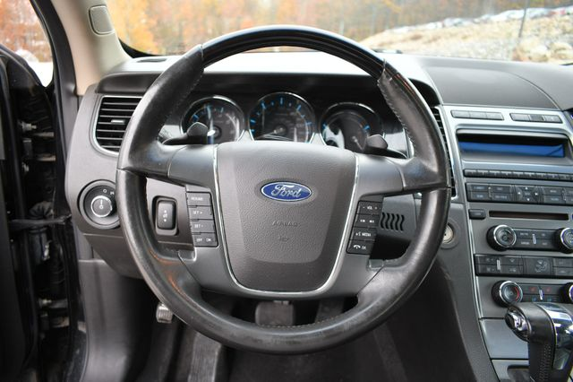 2010 Ford Taurus Limited Naugatuck, Connecticut 21