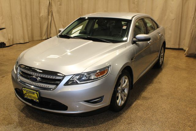 2010 Ford Taurus SEL in Roscoe, IL 61073