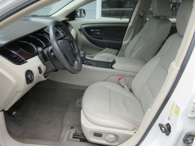 2010 Ford Taurus SEL south houston, TX 6
