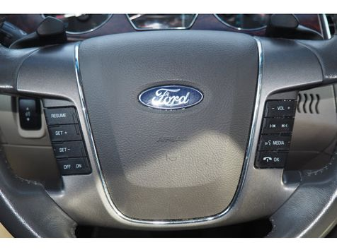 2010 Ford Taurus SEL | Whitman, Massachusetts | Martin's Pre-Owned in Whitman, Massachusetts