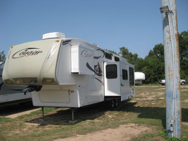 2010 Forest River COUGAR BUNKHOUSE 324 RLB FIFTH WHEEL