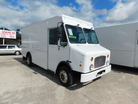 2010 Freightliner MT45 CHASSIS TRUCK DELIVERY in New Braunfels