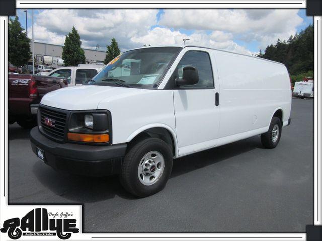 2010 GMC 3500 Savana Cargo Van