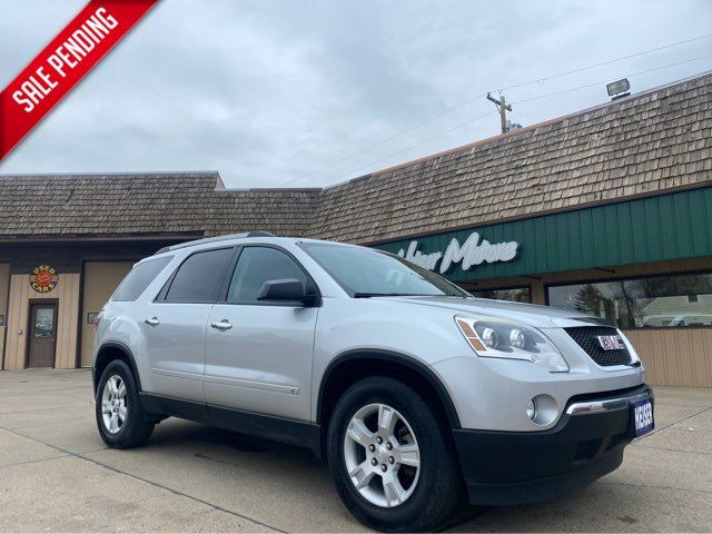 2010 GMC Acadia SLE ONLY 55,000 Miles in Dickinson, ND 58601