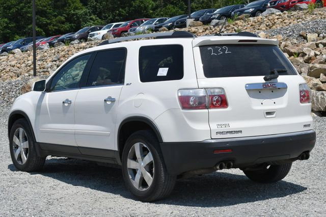 2010 GMC Acadia SLT1 Naugatuck, Connecticut 2