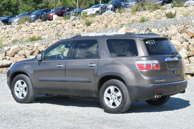 2010 GMC Acadia SL Naugatuck, Connecticut 2