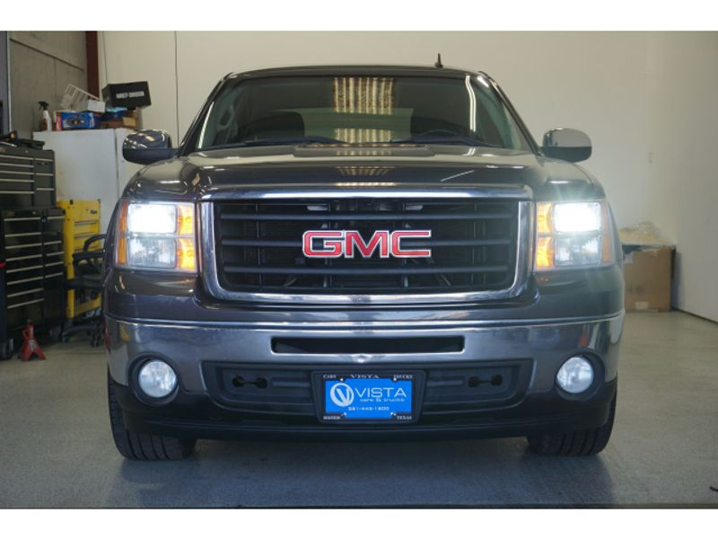 2010 GMC Sierra 1500 SLE  city Texas  Vista Cars and Trucks  in Houston, Texas
