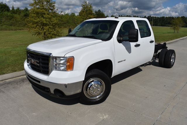 2010 GMC Sierra 3500HD DRW Work Truck Walker, Louisiana 1