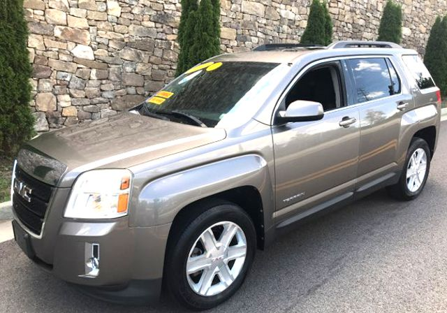 2010 Gmc-Carfax Clean!! Buy Here Pay Here! Terrain-MINT CONDITION! SLE-CARMARTSOUTH.COM Knoxville, Tennessee 2